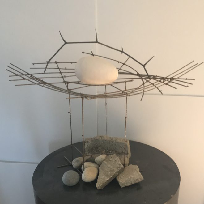 AnEgg-ceramic&metal-20x29x12