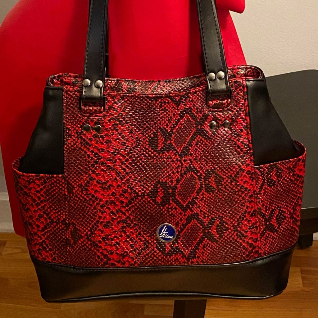 Ila_featured-bag
