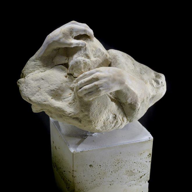 stone-hands-20191124-DSC_7366