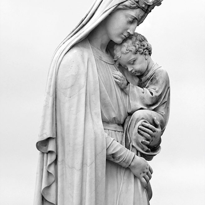 Queen-Mary-Child-BW-4x6-Web2