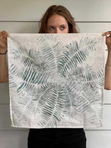 Ellie Hazlett<br>Art, prints, textiles, home goods